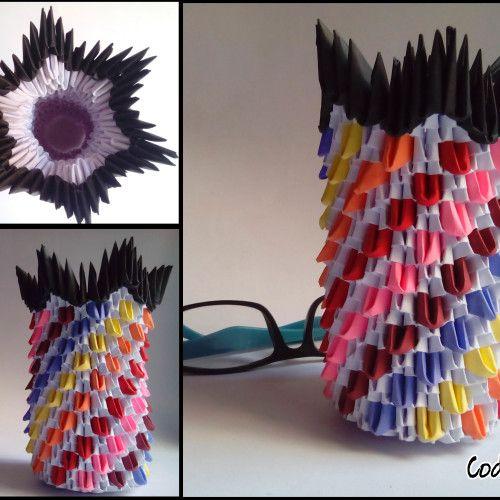3D Origami Rainbow Vase in Lahore, Pakistan