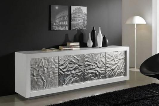 Modernes Wohnzimmer Farbgestaltung Scharze Wand Hochteppich Schwarz