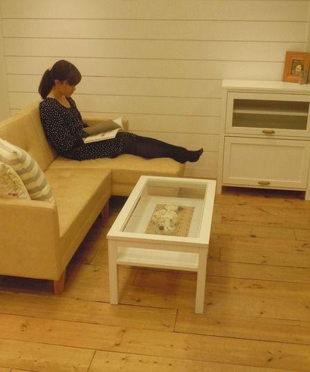 ソユルカウチタイプ。DSCN1302  MOMOと言えば白家具。その白家具の優しい雰囲気にとても良く馴染みます。 足を伸ばしてゆったりくつろげるカウチSOFA。コンパクトで可愛らしいSOFA。 みなさんはどちらの方がお好きですか? (通販ブログから)
