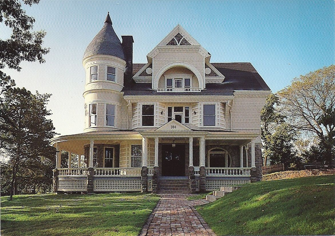 Arkansas postcard eureka springs victorian house for Arquitectura victoriana