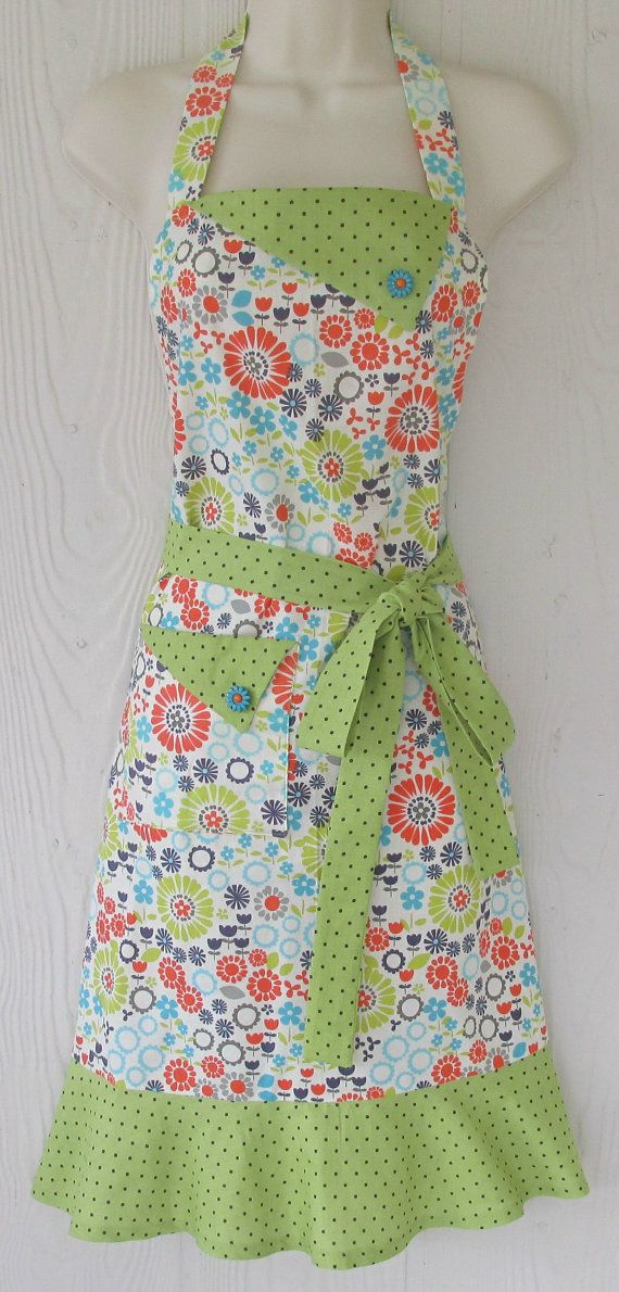 *Retro Green Floral Apron / Women's Full Apron / Green Polka Dot Trim* for dinner party