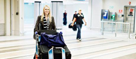 Pakkausohjeet lentomatkalle - mitä käsimatkatavaroissa saa kuljettaa?
