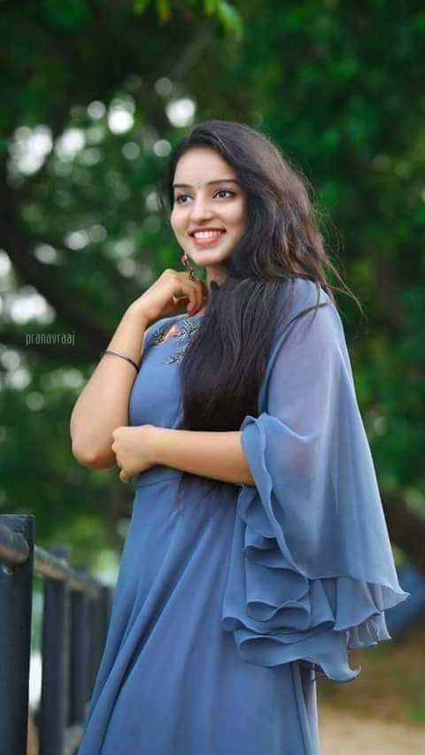 Anu Priya Mhkutccd Twitter Fashion Long Hair Styles Style