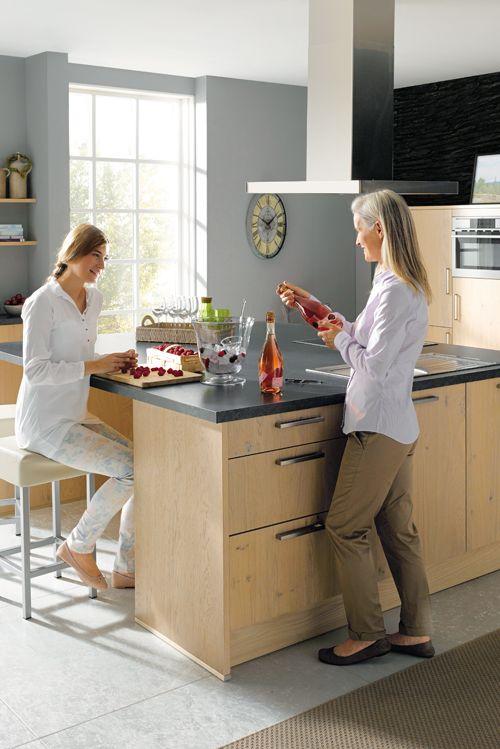 Natürlichkeit und Technik für Wohlgefühl und Komfort in der Küche - inspirationen küchen im landhausstil