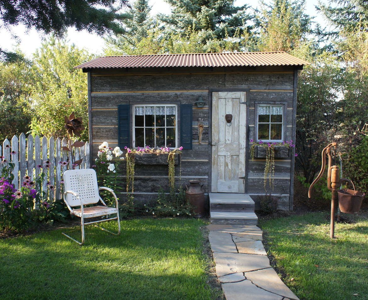 Backyard Ideas: She Sheds | Green lawn, Rustic style and Lawn