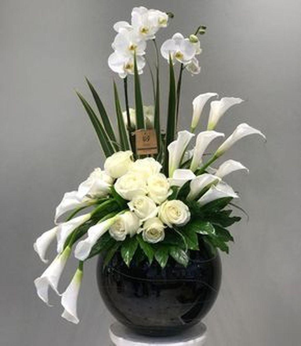 30 Beautiful Modern Flower Arrangements Design Ideas Church Flower Arrangements Contemporary Flower Arrangements Fresh Flowers Arrangements