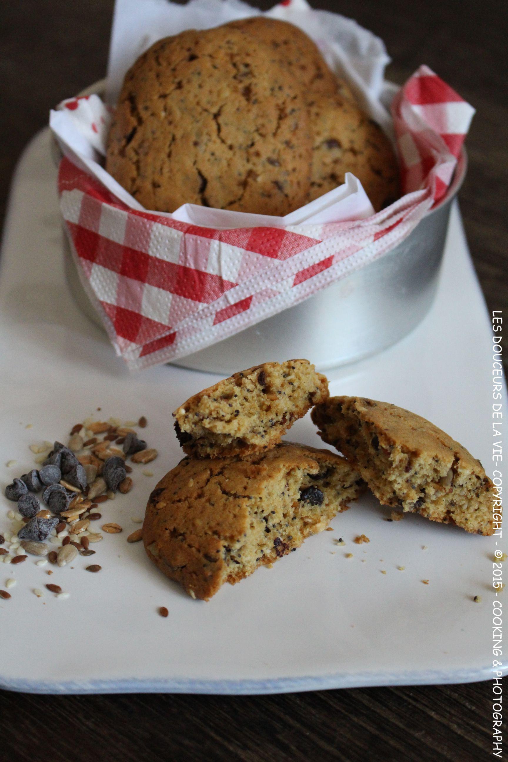 Découvrez la recette des cookies multi céréales et pépites de chocolat