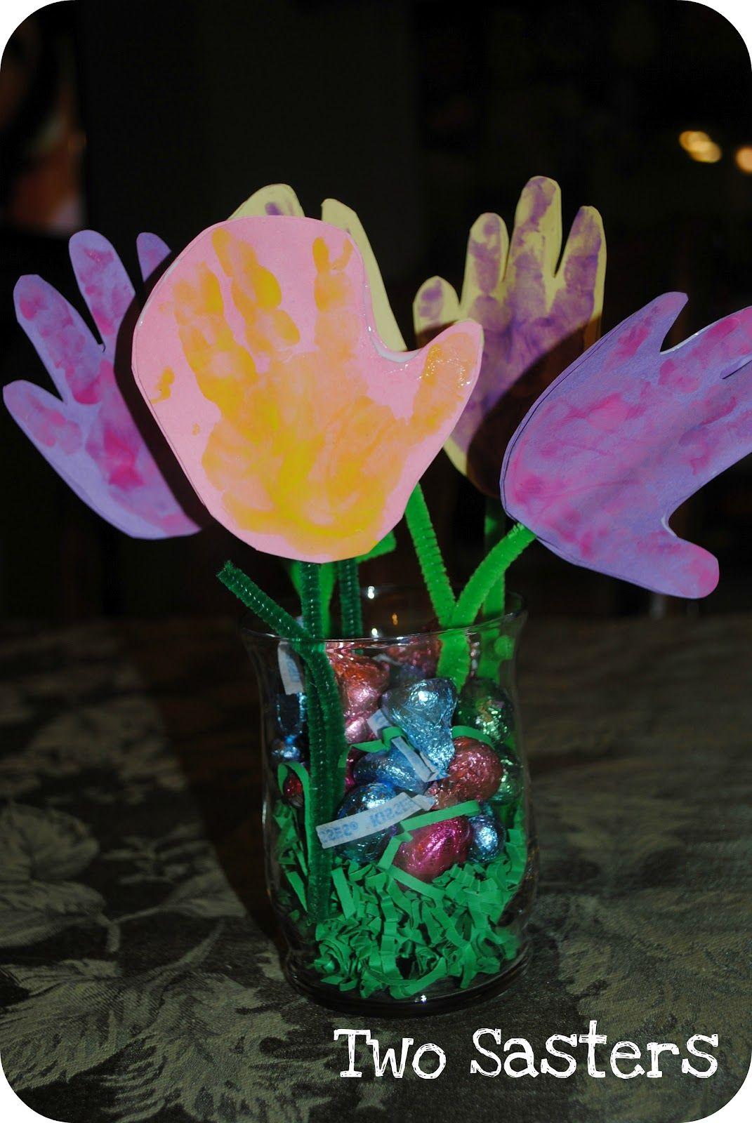 Handprint flower bouquet | {my babies} crafts | Pinterest | Easter ...