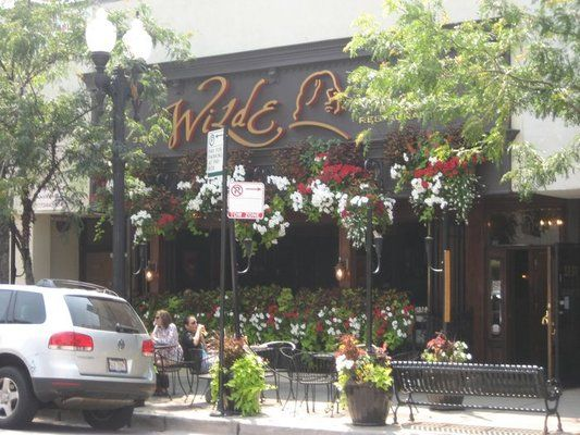 Wilde Bar And Restaurant Lakeview Chicago They Have The