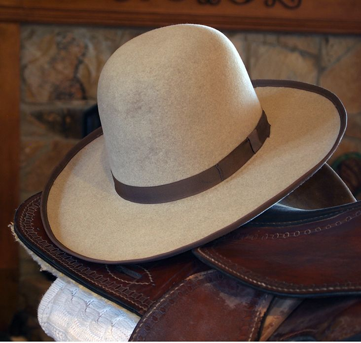 Cowboy Hat 10x Beaver Open Crown With Pencil Curl Brim Contrasting Grosgrain Ribbon And Edge Binding By Peter Bros Cowboy Hats Mens Felt Hats Hat Fashion