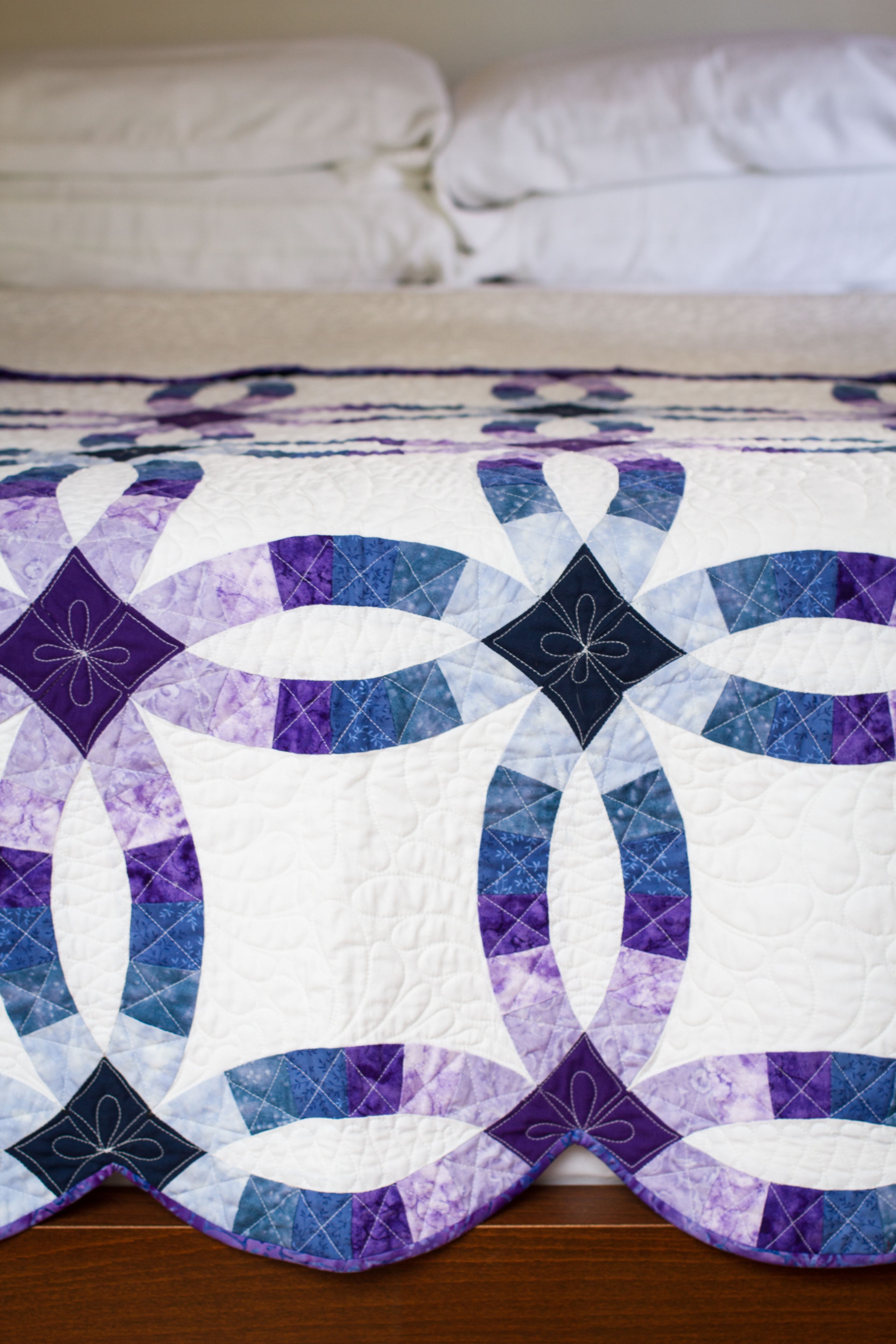 Double wedding ring quilt The Bungalow Pinterest