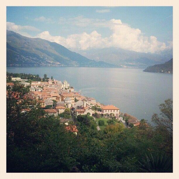 Blick auf Cannobio.    ✎ Blog & Bleistift