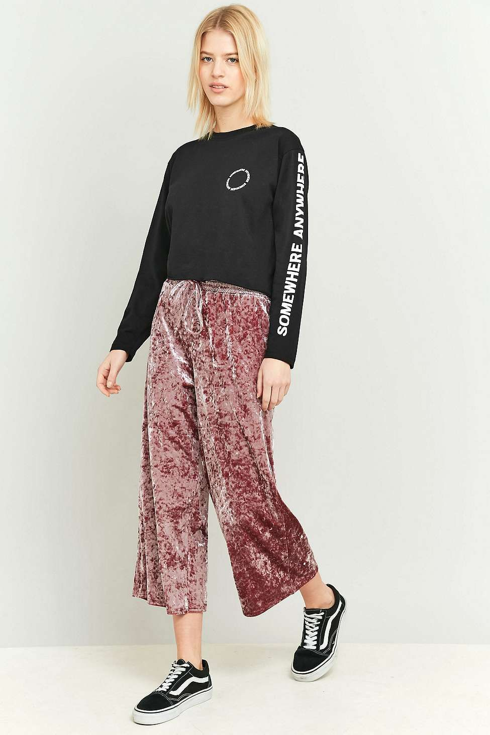 cc176eb765e46b Light Before Dark Pink Crushed Velvet Culottes Pink Culottes, Urban  Outfitters Women, Pink Velvet
