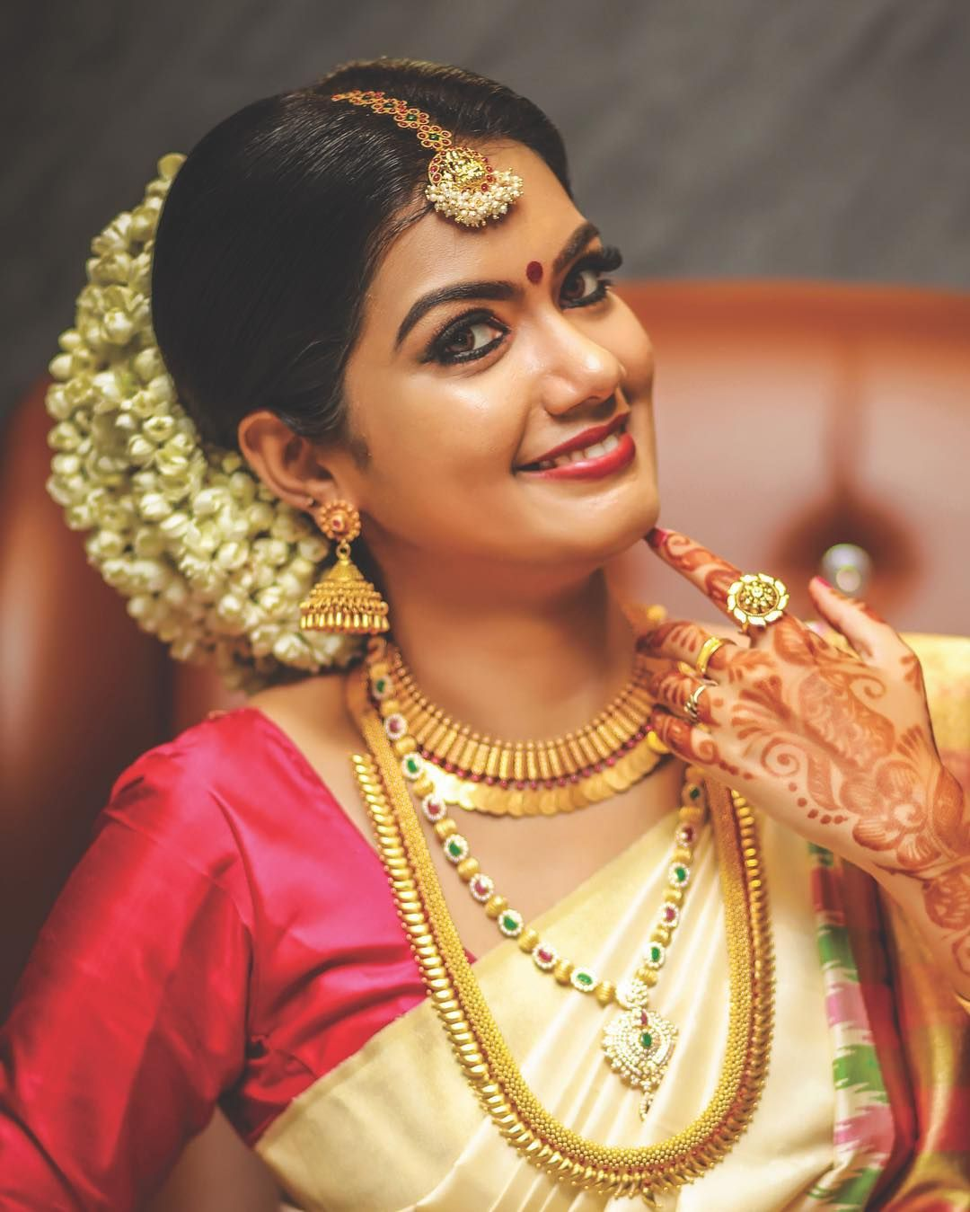 Wedding Hairstyle For Kerala Bride: 1,508 Likes, 3 Comments
