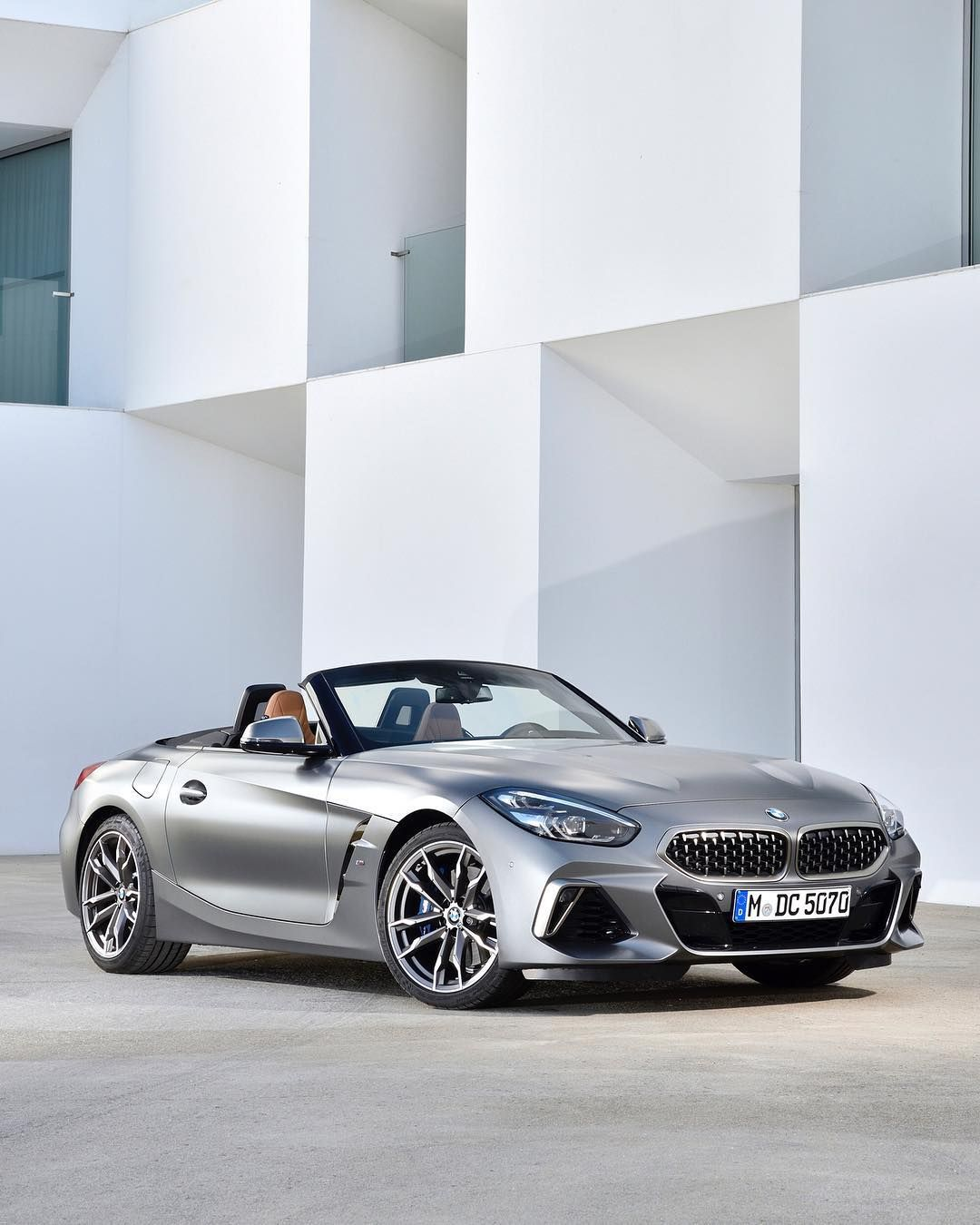 New Bmw Z4: In Love With Classic Lines. The All-new BMW Z4 Roadster