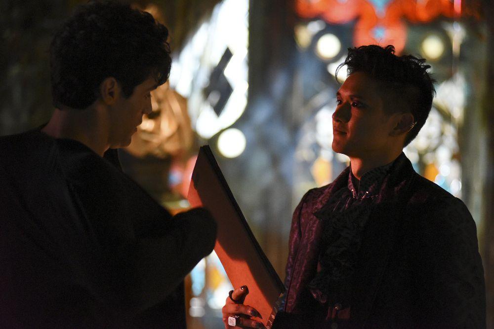 'Shadowhunters' 1×08 'Bad Blood' Alec and Magnus