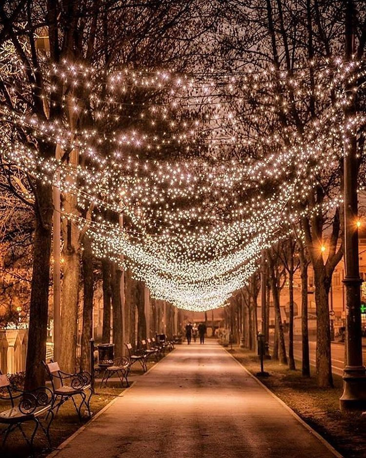 Zagreb Croatia Photography By Adri Adrijanasok Christmas Aesthetic Croatia Christmas Wallpaper