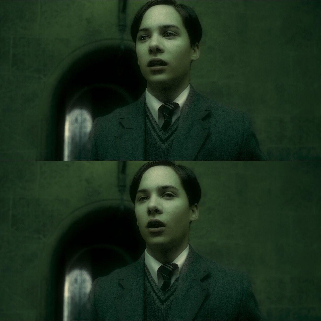 Frank Dillane Tom Riddle Harry Potter 40 Yil Karanlik