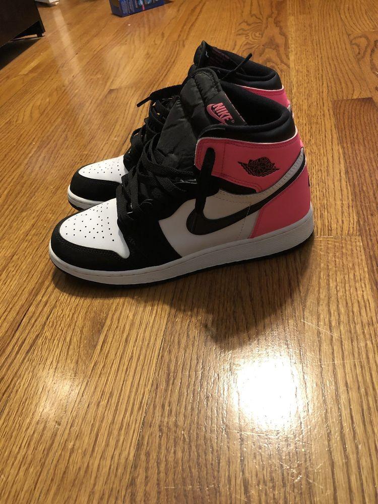 Nike Air Jordan 1 Retro Sneakers - Size