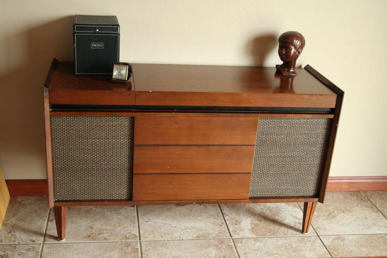 Mid Century Modern Stereo Deilcraft Cabinet With Working Garrard