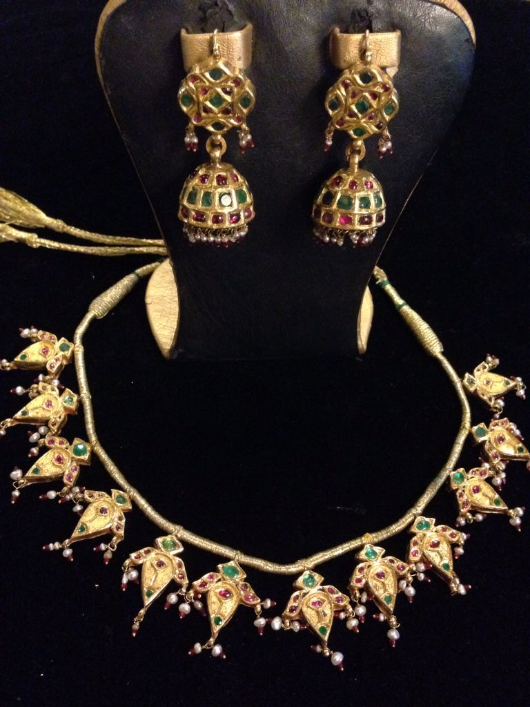 Above years ago ct gold antique set accessories u jewels
