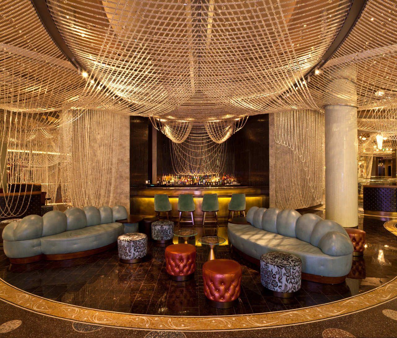 Gallery Of The Cosmopolitan Of Las Vegas Interior Rockwell Group 4 Cosmopolitan Las Vegas Hotel Interior Hotel Chandelier