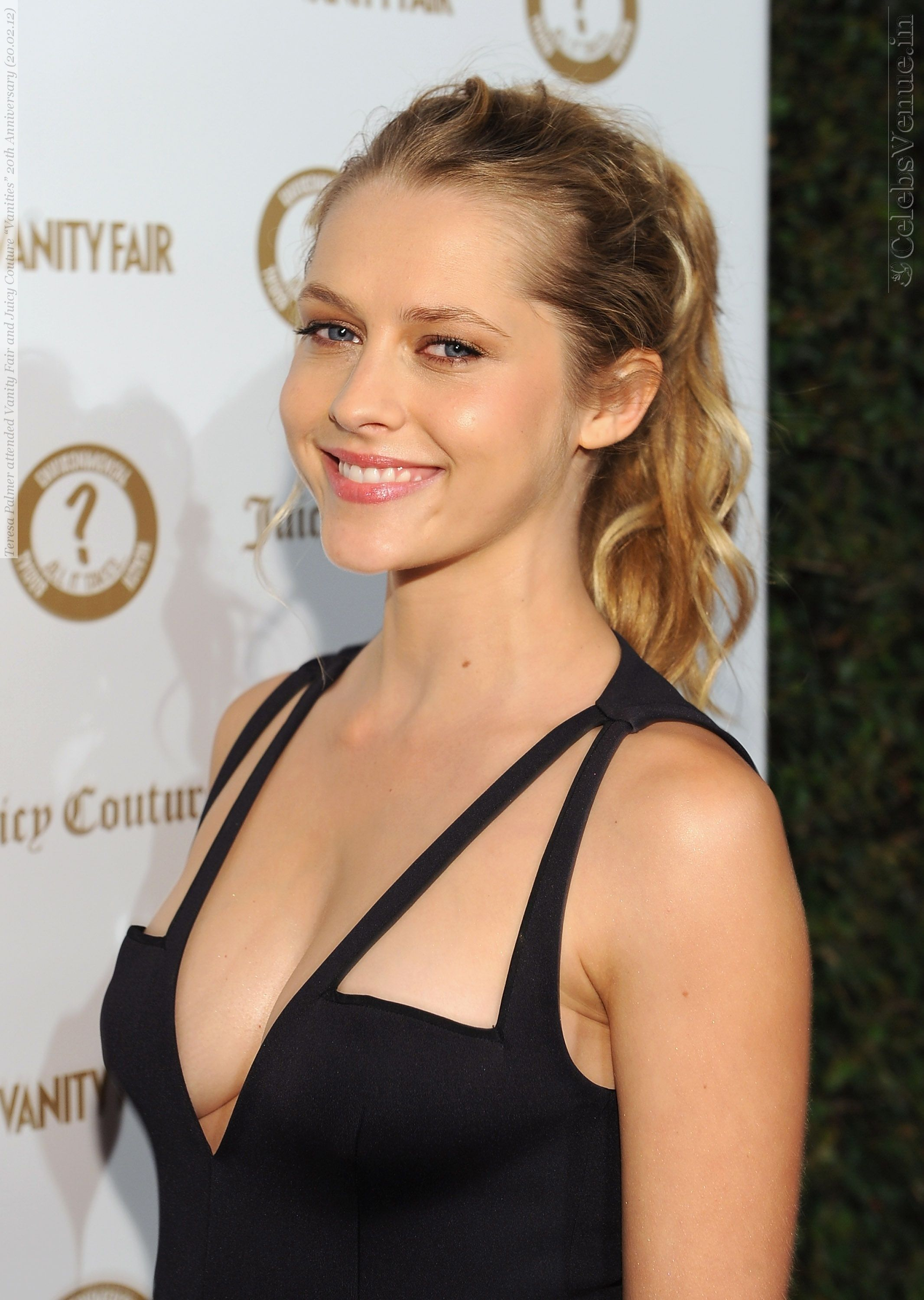 Teresa Palmer Nude Photos 36