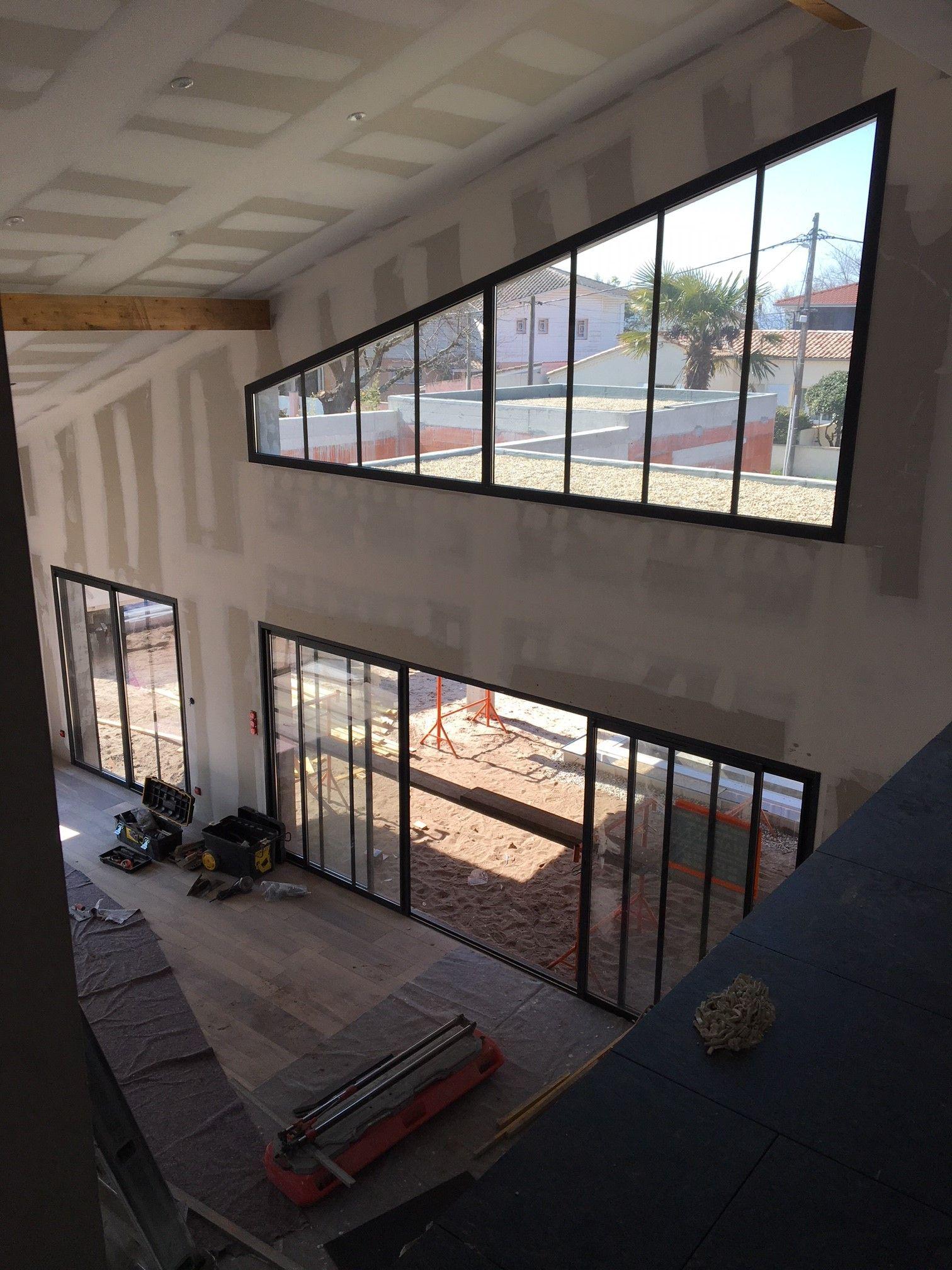 Chantier D Une Villa Menuiseries Sur Mesure En 2020 Renovation Maison Construction Maison Maison
