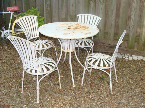 Vintage 1940u0027s Outdoor Patio Set Porch Garden Round Table 4 Chairs Steel  Welded