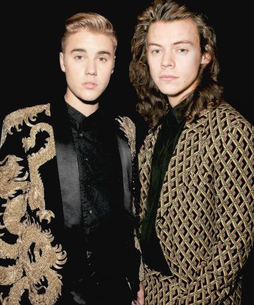 "bieberfondues: """" Justin Bieber and Harry Styles at Met ..."