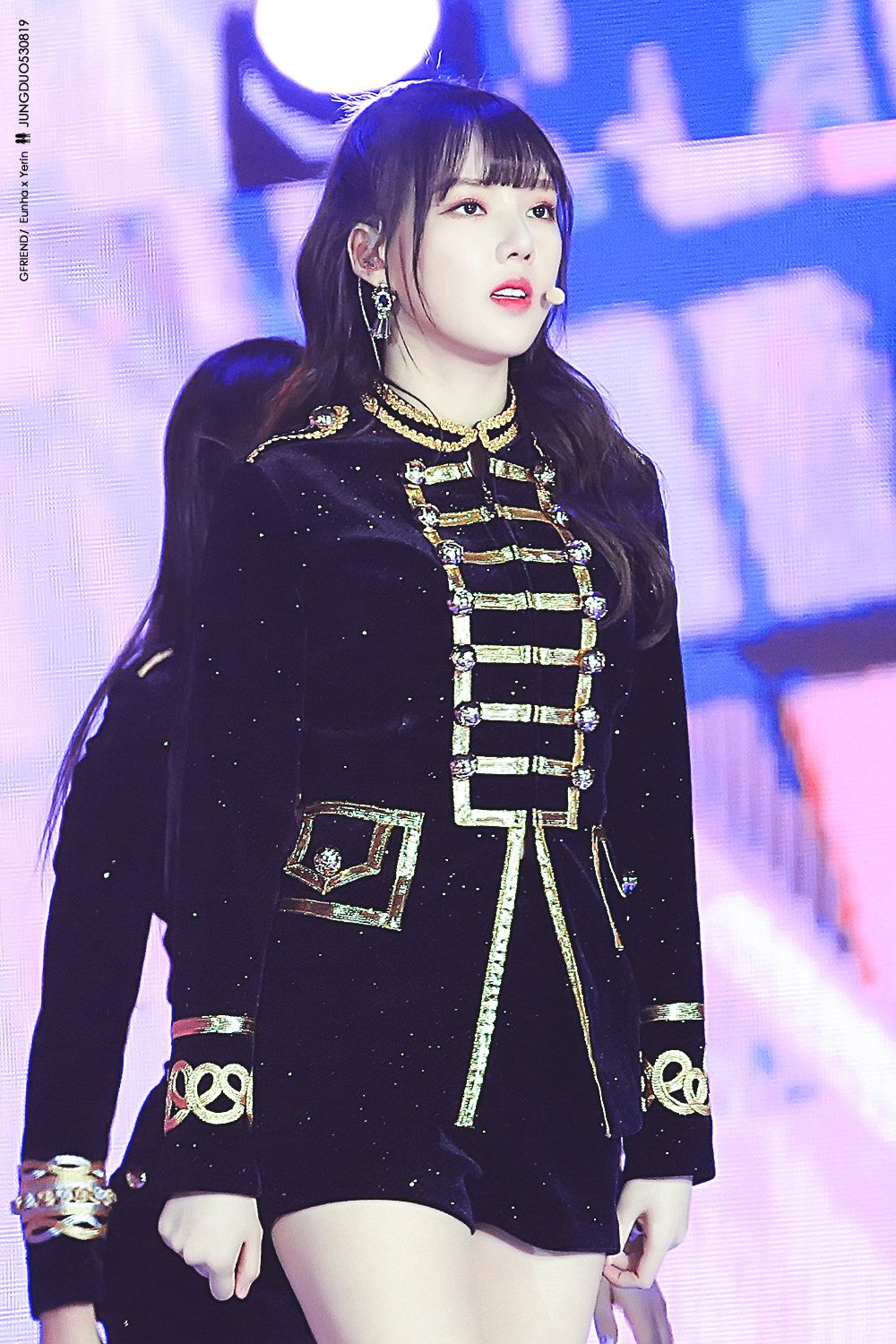 Pin By Gamer Lucy On K Pop Military Outfit Stage Outfits Friend Outfits