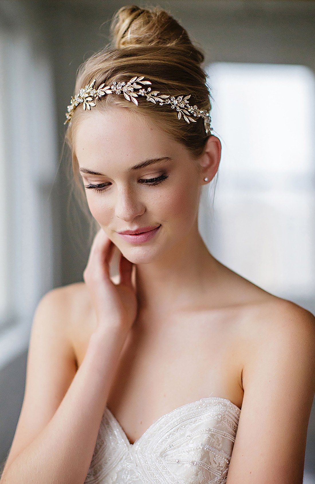 beautiful makeup and updo featuring the 'avalon' leaf halo & sash by