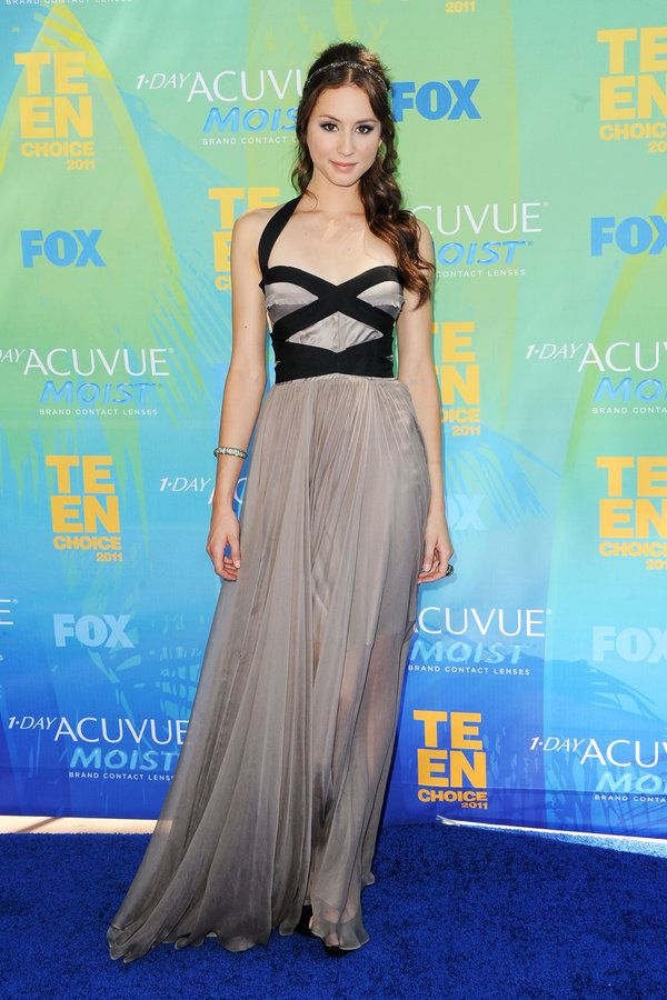 Pretty Little Liars   Photos   On The Red Carpet With Troian Bellisario