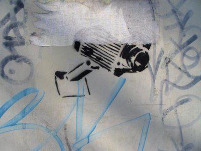 Artcitiz : Street Art-Le blog du pochoir à lyon: Pochoirs Lyonnais et Villeurbannais merci niniskhan pour sa contribution,visitez son blog! (voir liens)