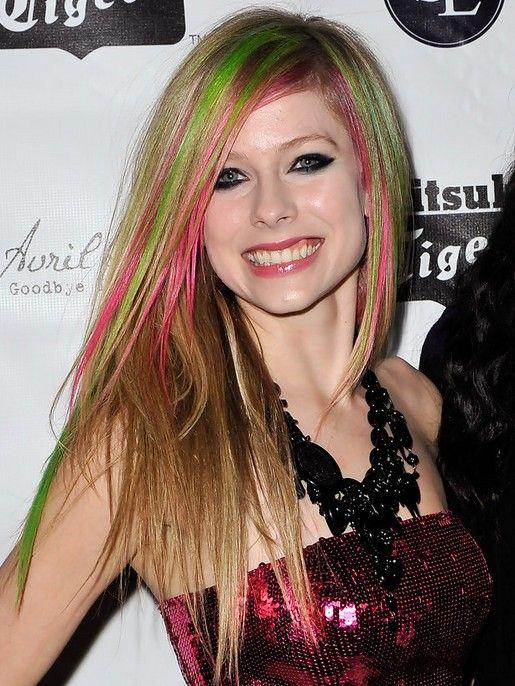 Pin By Xenobuilder Bjorkvist On Avril Lavigne Long Hair Styles Celebrity Long Hair Straight Blonde Hair