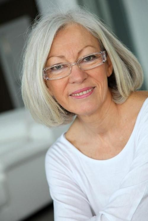 Hairstyles For Women Over 60 With Glasses Gorgeous Gray Hair Older Women Hairstyles Beautiful Gray Hair