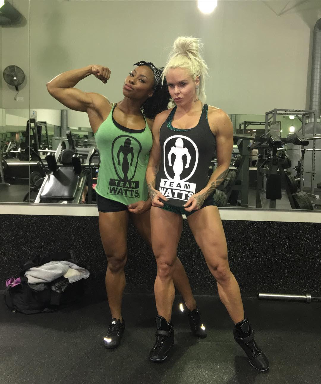 Female Fitness and Bodybuilding Beauties: Larissa Reis