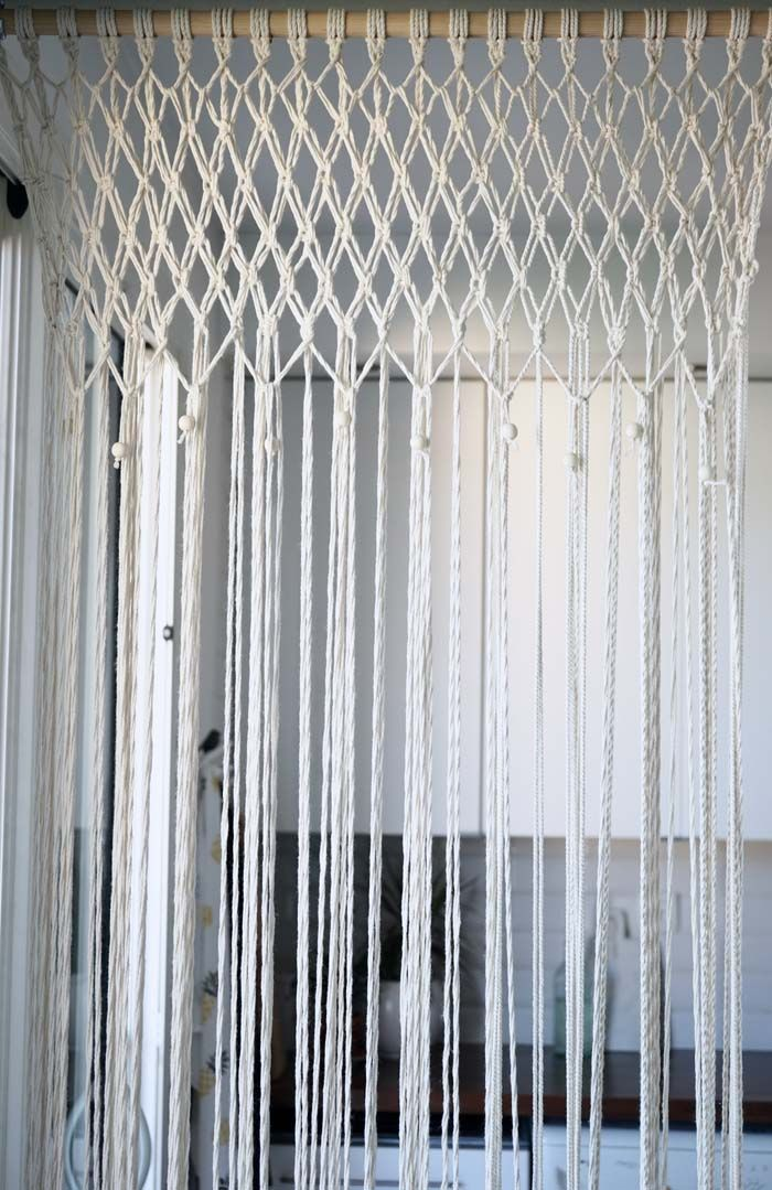 diy j 39 ai r alis un rideau en macram chez moi tuto inside frivolit s et macram. Black Bedroom Furniture Sets. Home Design Ideas