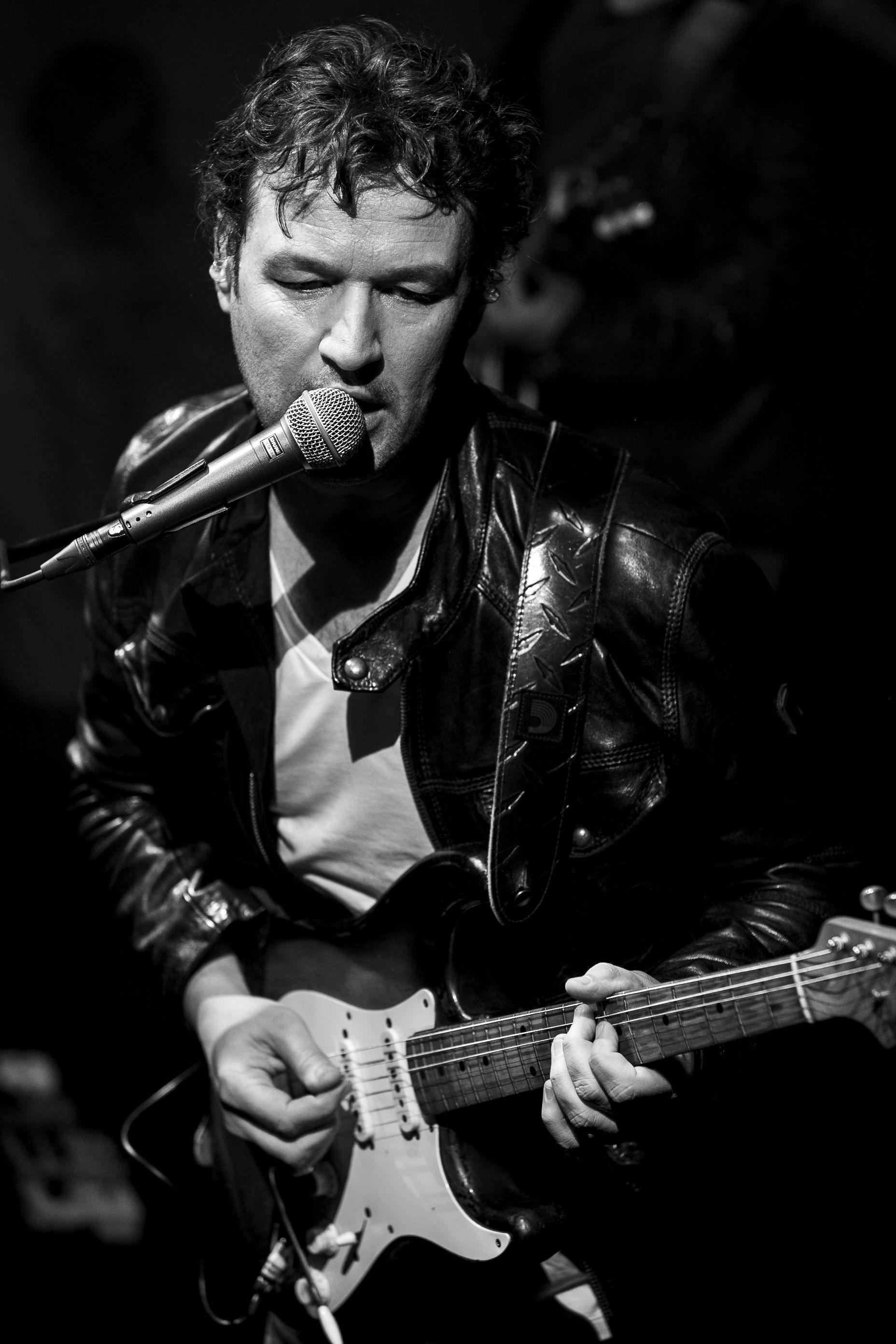 #jeanpierredanel #danel #guitar #guitarist #strat #fender #stratocaster #missdaisy #music #France #rock #live #concert