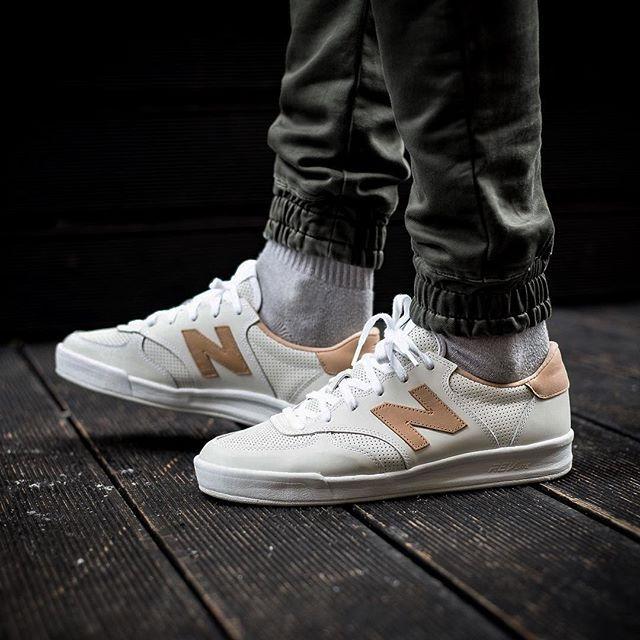 nueva temporada 60% de descuento zapatillas de deporte para baratas NEW BALANCE 300 NUBUCK COURT CRT300AJ 10000 @sneakers76 store ...