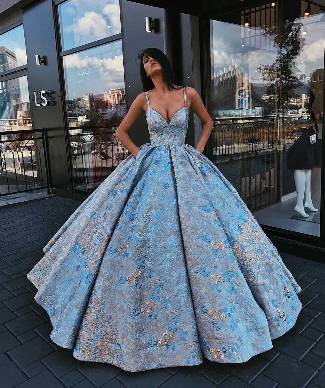 Gigantic Cinderella dress