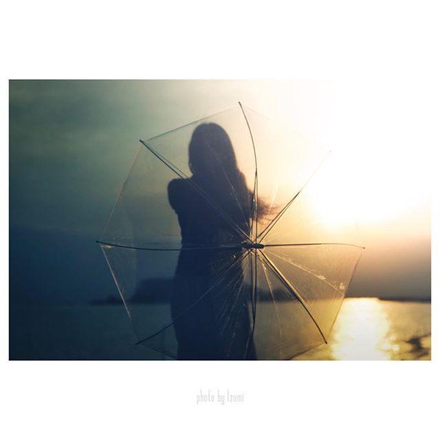 ・ ・ ・ 染まる傘 ・ ・ ・ #igersjp#instagramjapan#huntgramjapan#ink361_asia#ampt_community#ig_masterpeace#exklusive_shot#mwjp#reco_ig#HUEART_life#indies_gram#shootermag_japan#ig_photooftheday#peoplescreatives#WidenYourWorld#lifeofadventure#discoverphotolife_ig#screen_archive#good_portraits_world#カメラ好きな人と繋がりたい#写真好きな人と繋がりたい#写真撮ってる人と繋がりたい#デジタルでフィルムを再現したい#この同じ空のもと僕らはigでつながっている#ファインダー越しの私の世界#far_eastphotography#cools_japan#phos_japan#as_archive