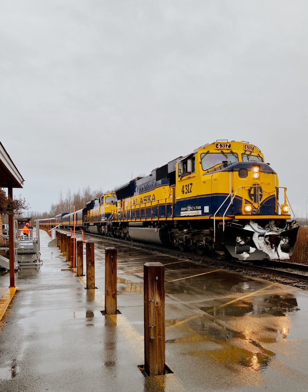 Ride the rails to Talkeetna. There will be pie. Yeah. - Alaska Travelgram