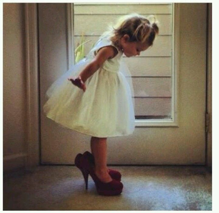 Must Have Wedding Picture List: Must Have Picture Of Flower Girl
