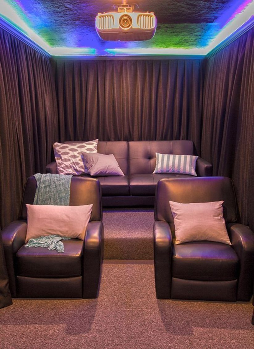 51 Diy Home Theater Seating Ideas Pequeña Sala De Cine