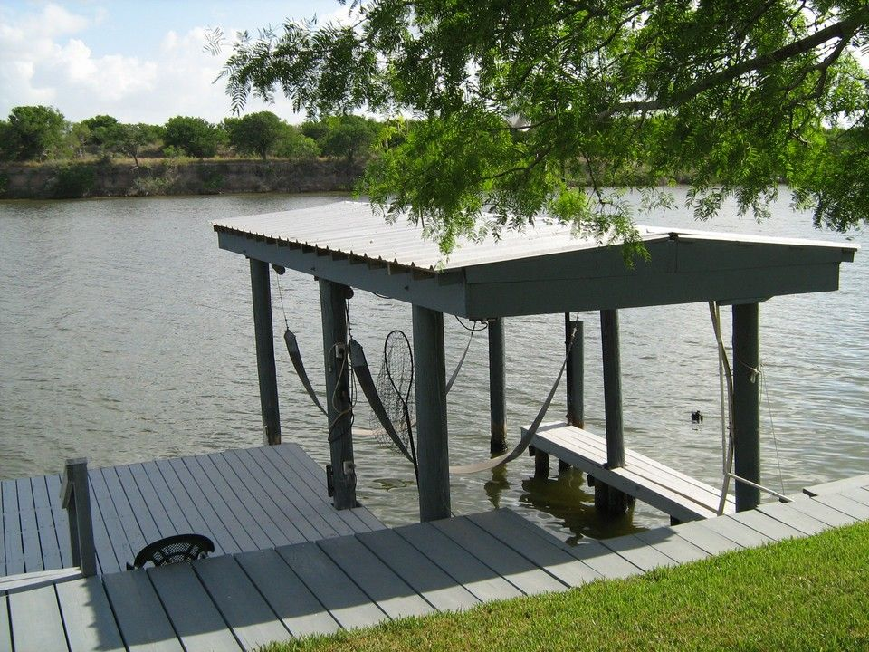 Sidewalk, Dock & Boat House Lift