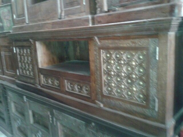 Tv stand dhs 1500 -0554530635