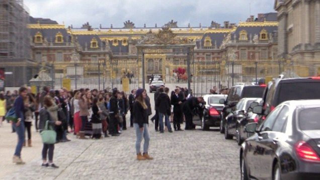 Kimye Hosts Pre-Wedding Party In France #KanyeWest, #KimKardashian, #Kimye, #News, #PalaceOfVersailles