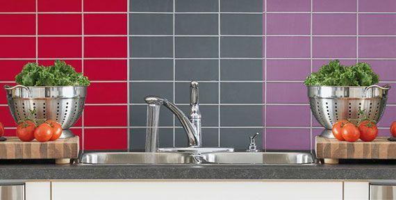 DIY ¿Cómo pintar los azulejos de tu cocina? cocina Pinterest