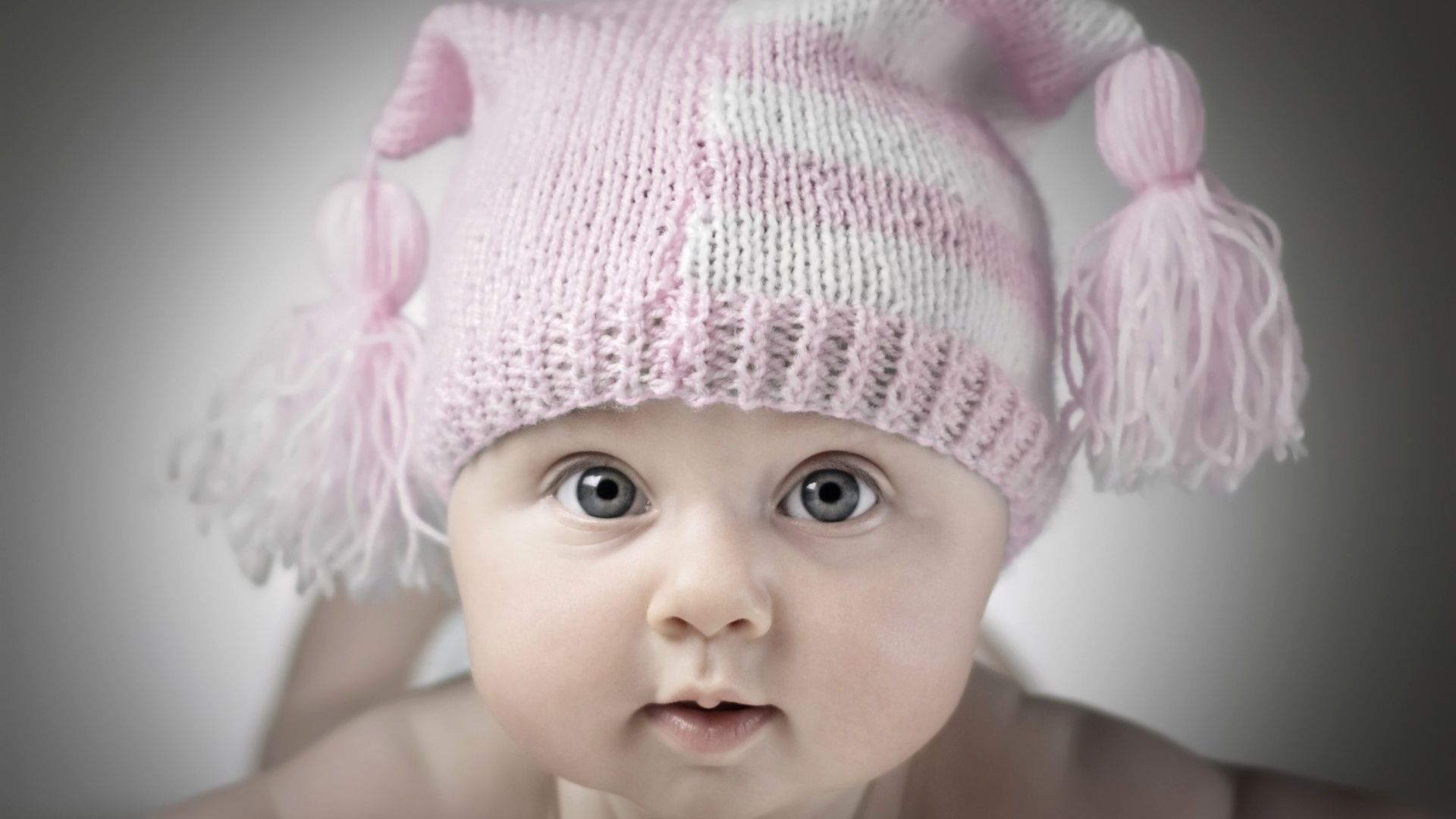 Beautiful Baby Cute Baby Pictures Cute Baby Wallpaper Baby Wallpaper